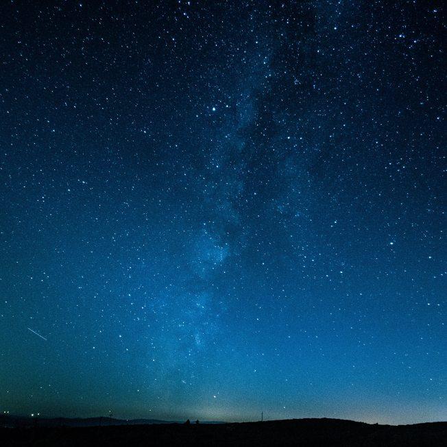 astronomy-dark-nature-733475